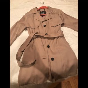 Vince Camuto Trenchcoat